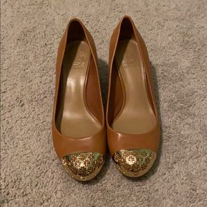 Euc Tory Burch wedges in camel